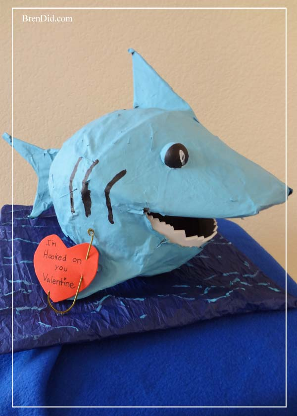 BrenDid-Shark-Valentine-Box