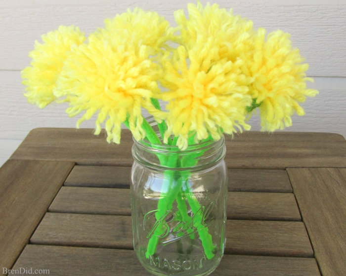 Easy tassel flowers diy dandelion bouquet bren did for Dandelion flowers and gifts