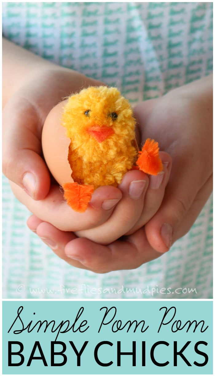 Simple Pom Pom Baby Chicks – Learn how to make pom pom pets for Easter. These adorable baby chicks are the perfect Easter basket addition and can be made with simple craft supplies. Simple pom pom tutorial at FirefliesandMudpies.com