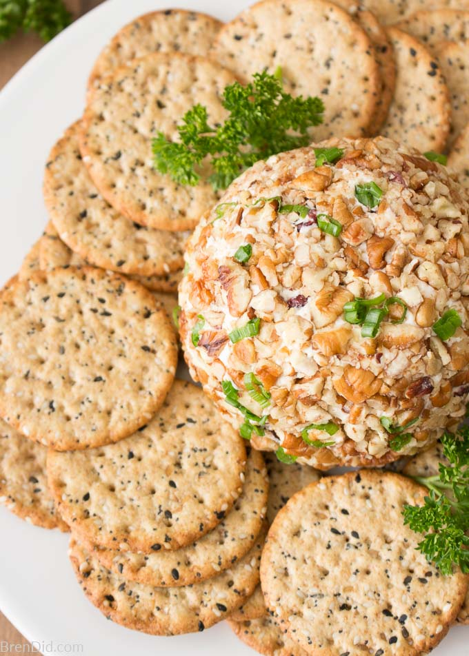 Gorgonzola Cheese Ball on plate with crackers