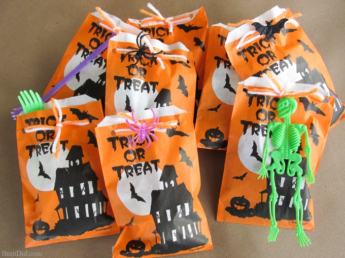 Halloween Treat Bags for Children with Allergies (Teal Pumpkin Project) -  Bren Did cc47a951a23e
