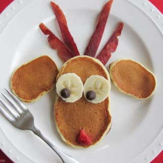 Simple Breakfast Recipe: Reindeer Christmas Pancakes