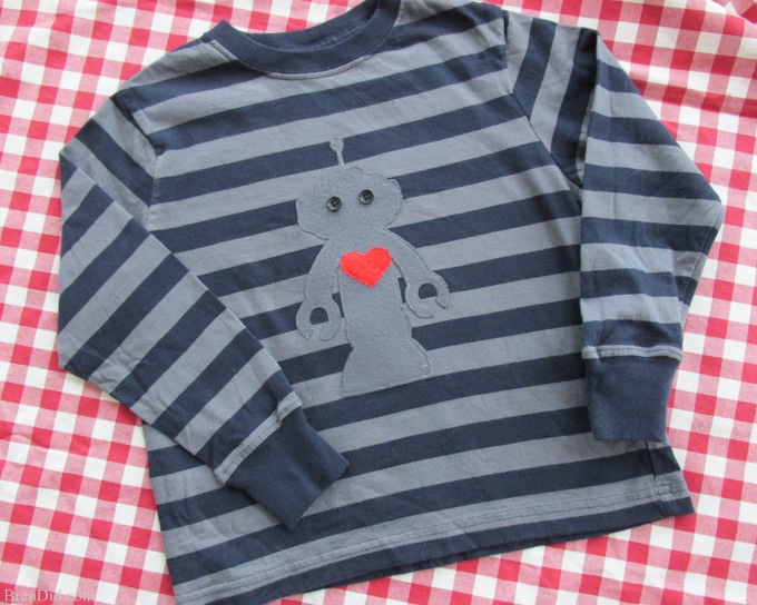 photograph regarding T Shirt Pattern Printable named Robotic Applique T-blouse Routine Absolutely free Printable Valentine