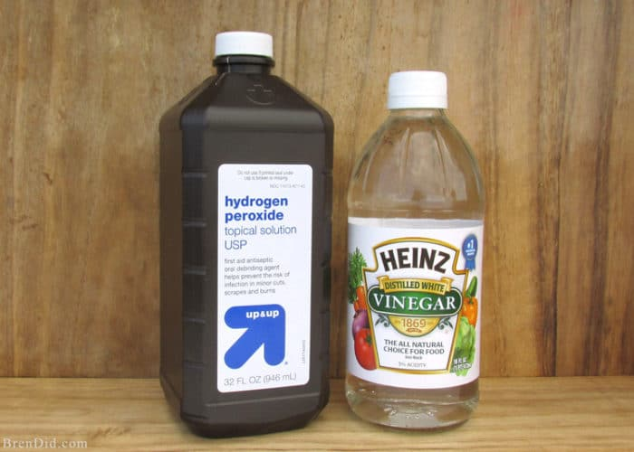 Making homemade cleaners? There are several green cleaning ingredients you should never mix. Learn & Green Cleaning Ingredients You Should Never Mix - Bren Did