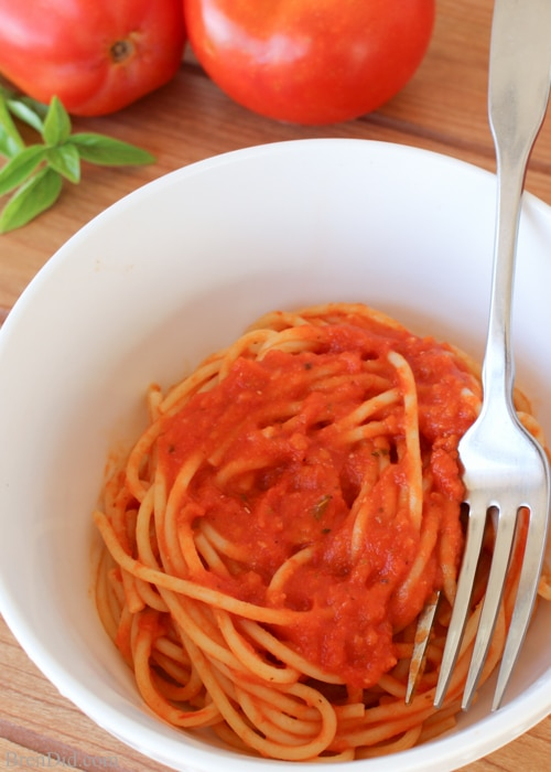 Amazing Tomato Sauce Recipe - This easy homemade tomato sauce uses just a few basic ingredients and can be served over pasta, made into lasagna, or even used a pizza sauce.