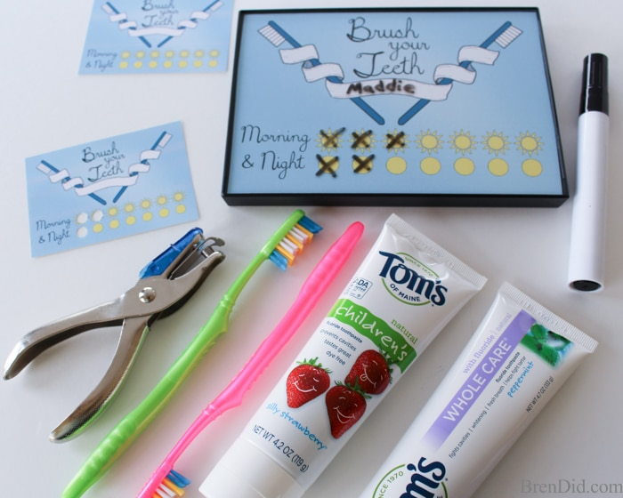Get your kids to be tooth care experts with this free printable tooth brushing chart and tooth brushing punch card. Use a frame to make the chart a dry erase board!