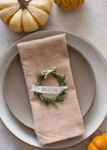 These adorable DIY napkin rings will inspire you to make your own Thnaksgiving napkin rings this Thanksgiving. These easy projects can all be completed before the big feast!