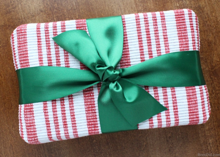 8 Beautiful & Eco-Friendly Gift Wrapping Ideas - Bren Did