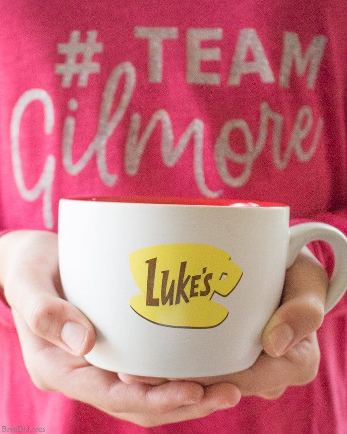 Throw a fun Gilmore Girls Date Night for someone special with custom invitation, DIY #teamGilmore lounge wear, Stars Hollow take out boxes, and Netflix. Grab the free printables today!