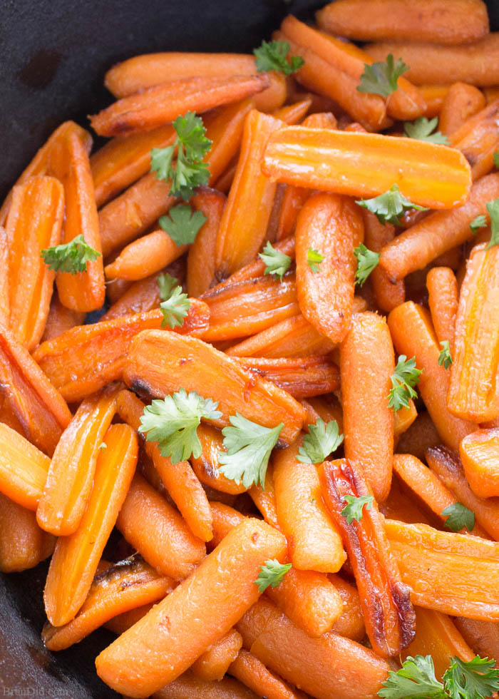 Roasted carrots with parsley