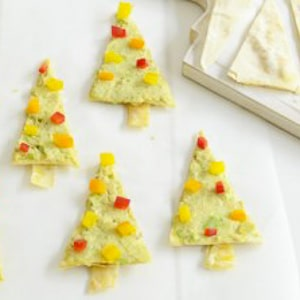 Love the holidays but hate sugar-filled snacks? These healthy Christmas treats for kids are perfect!
