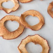 Healthy snacks for kids, healthy valentine snacks, oven baked apple chips, apple chips