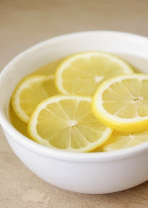 Say Good Bye To Harsh Chemicals These 15 Homemade Lemon Cleaning Products Use Lemons