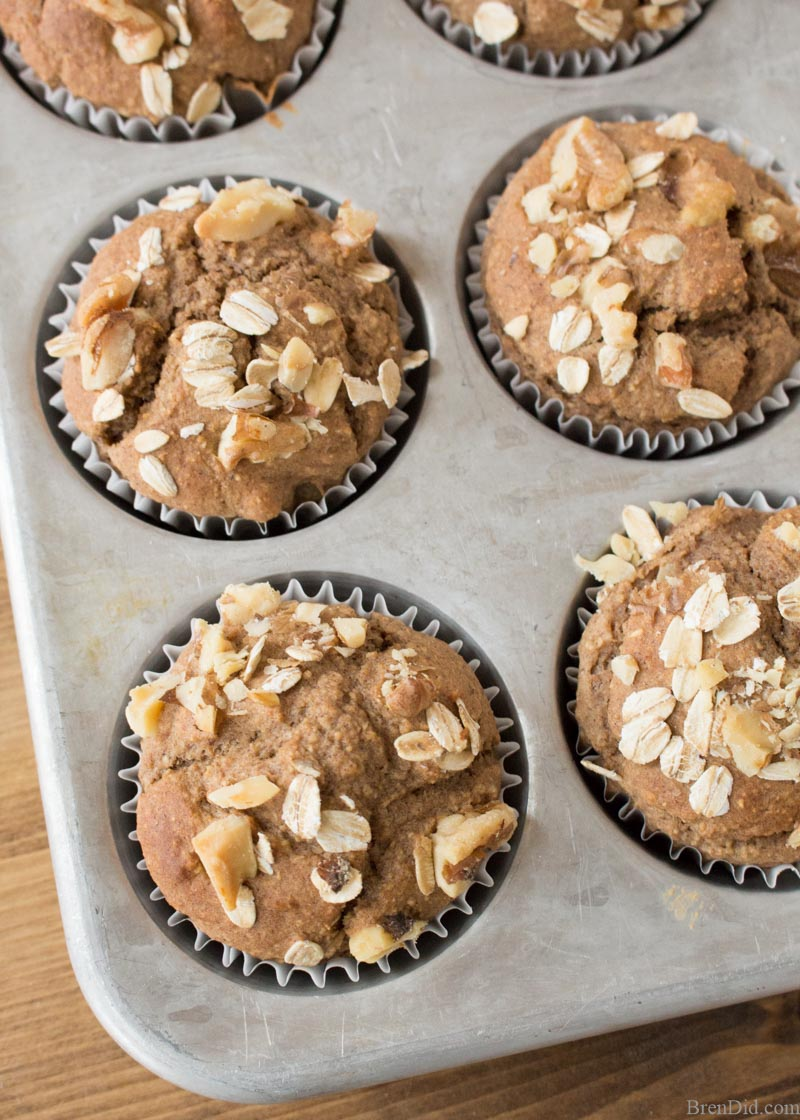 Healthy Banana Oatmeal Muffins in Tin Ovehead
