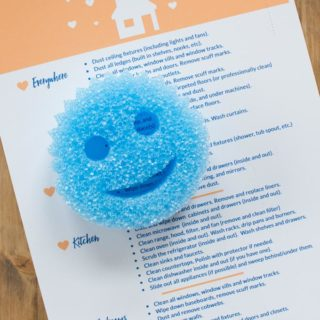 Deep Cleaning Smiley Face Sponge