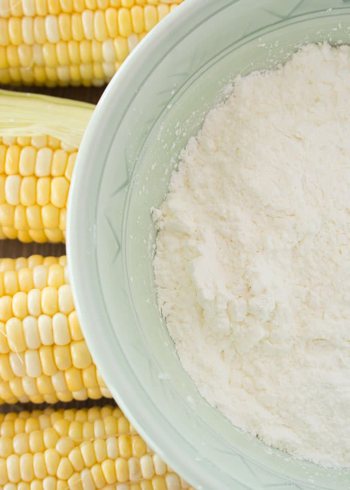 cornstarch with corn ears