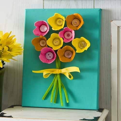 flowers made from egg carton