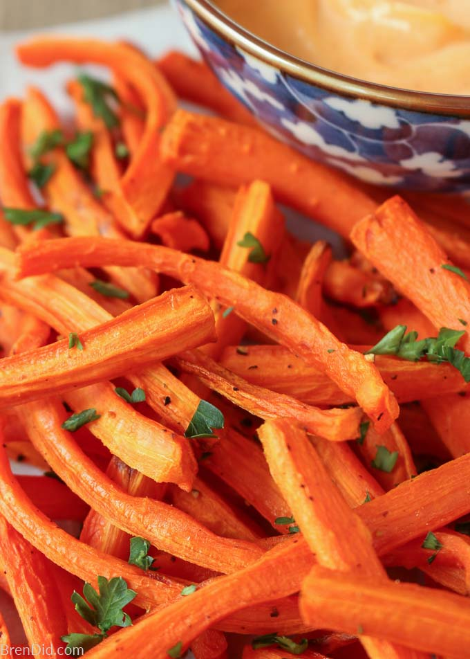 Baked Carrot Fries with Sriracha Aioli in blue dish