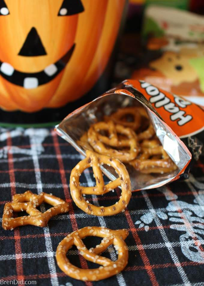 pretzels shaped like bats and pumpkins