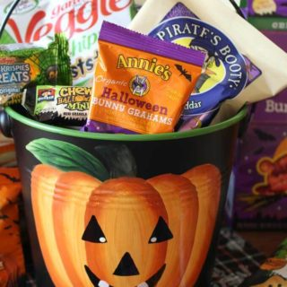 healthy snacks in Halloween jackolantern pail