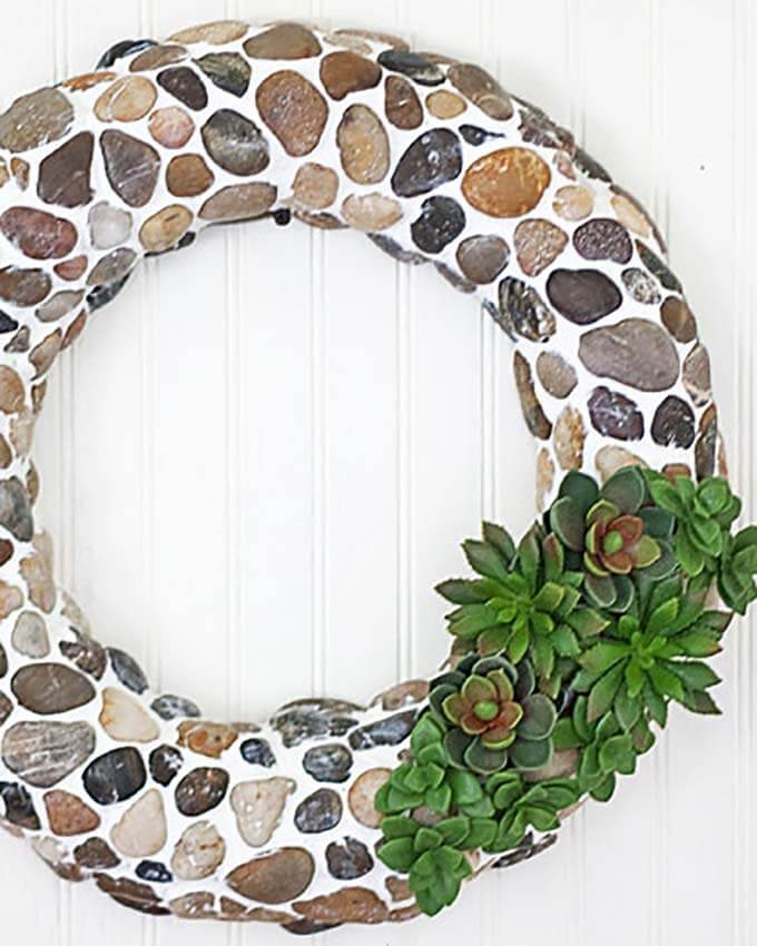 Fall wreath made from pebbles