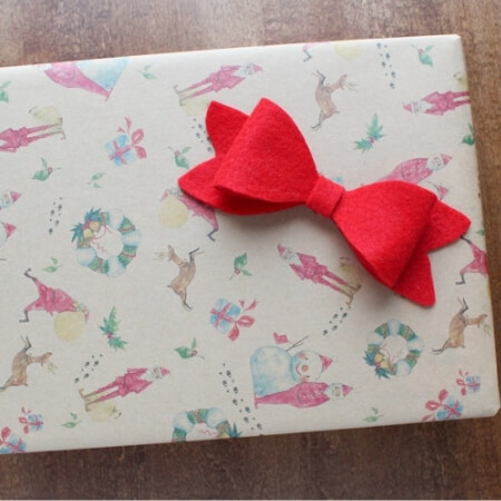 classic felt bow on Christmas present