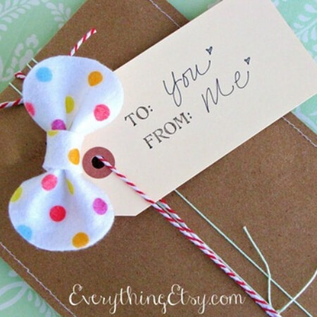 polka dot felt bow on present